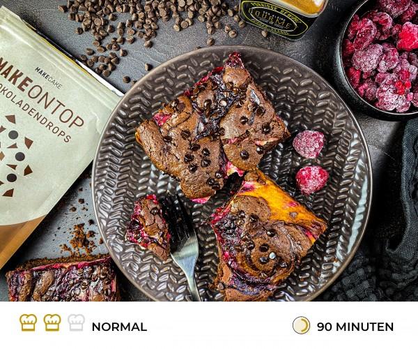 Cheesecake-Brownies-mit-Himbeeren